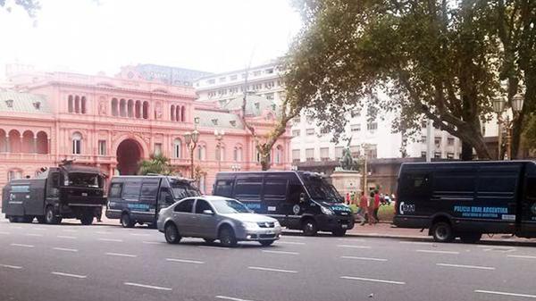La Casa de Gobierno fue nuevamente blanco de una amenaza de bomba