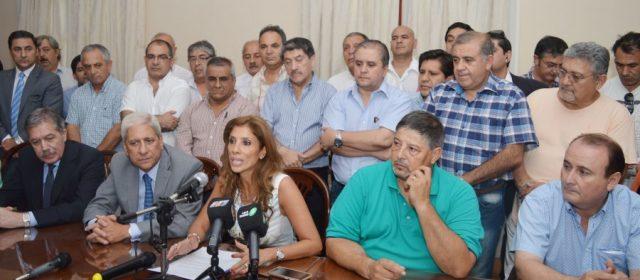 La Gobernadora anunció  el incremento salarial del 35%
