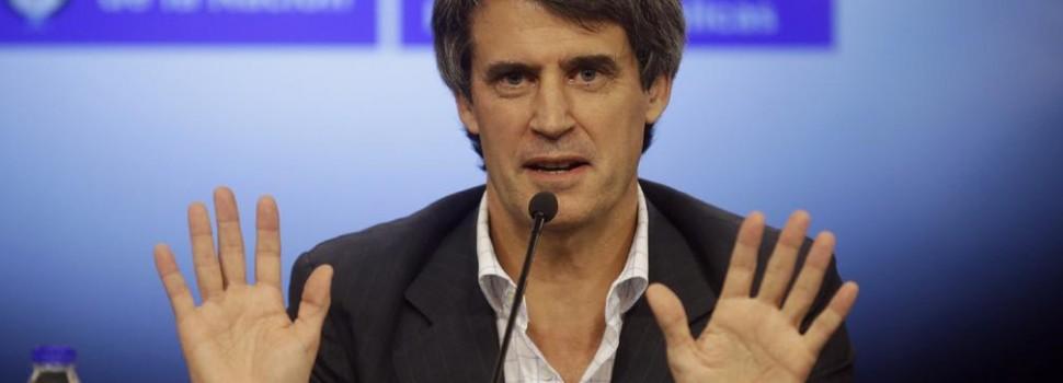 """El ministro de Economía de la Nación aseguró """"empezamos a salir del default"""""""