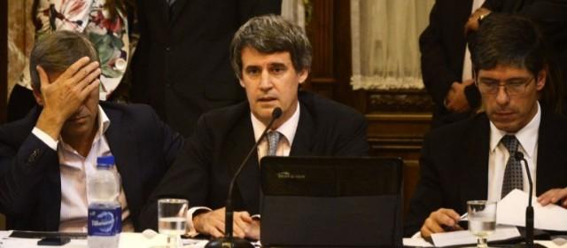 Alfonso Prat-Gay dijo que el acuerdo con los holdouts permitirá un ahorro del 20% de la deuda