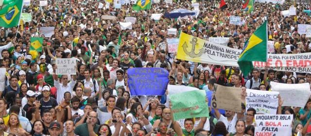 Brasil se manifiesta en contra del gobierno de Dilma Rousseff y la corrupción