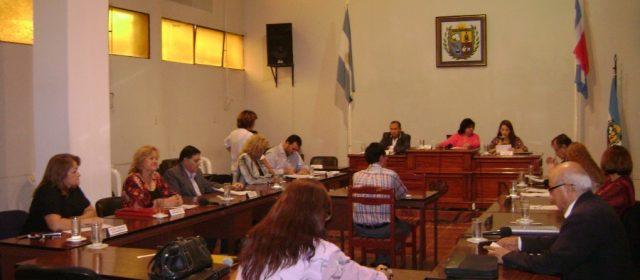 Concejales bandeños declararon Ciudadana Ilustre a la gobernadora de la Provincia