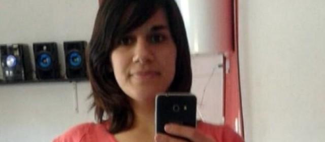 Una joven mamá fue asesinada de 17 puñalada frente a sus hijos por su ex