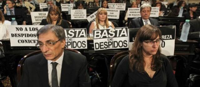 Diputados opositores solicitaron al presidente parar con los