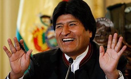 Evo Morales pide reunión de Unasur para «defender a Lula y a Dilma»