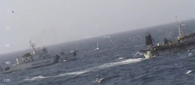 Prefectura hundió a un pesquero chino que pescaba de manera ilegal en Chubut