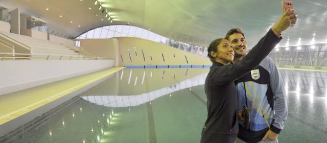 Dos figuras de la natación argentina visitaron el natatorio argentina