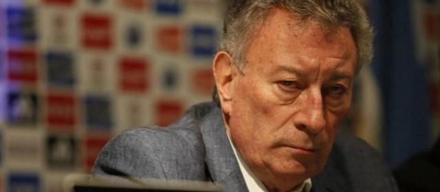 El presidente de la AFA asegura que la situación económica del fútbol argentino es «crítico»