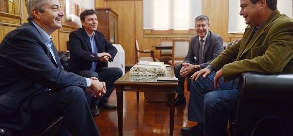 El ministro de Producción, Luis Gelid se reunió con funcionarios de la Nación