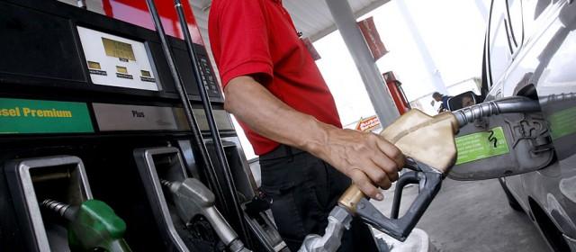Desde que asumió Macri es la tercera vez que sube el precio de los combustibles
