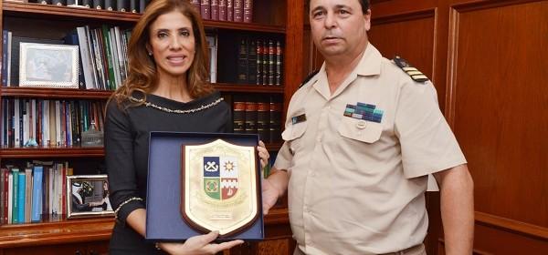 La gobernadora recibió en su despacho al nuevo jefe de Prefectura Naval