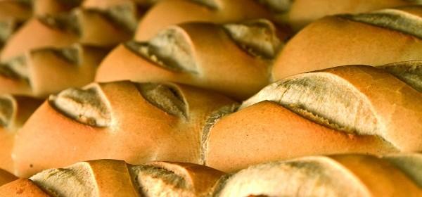 Desde mañana lunes, el pan tendrá un incremento importante en Santiago