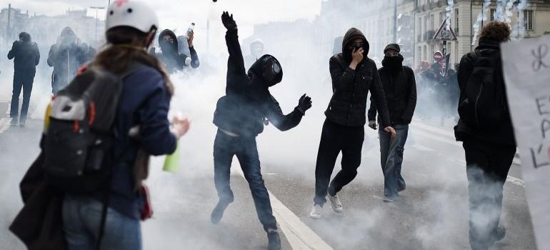 La reforma laboral en Francia genera manifestaciones violentas
