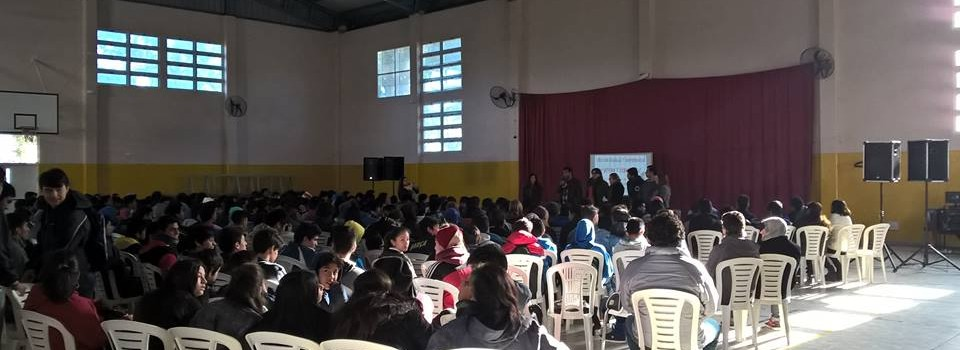 La Dirección de la Juventud capitalina abordó sobre los flajelos que aturden a los adolescentes