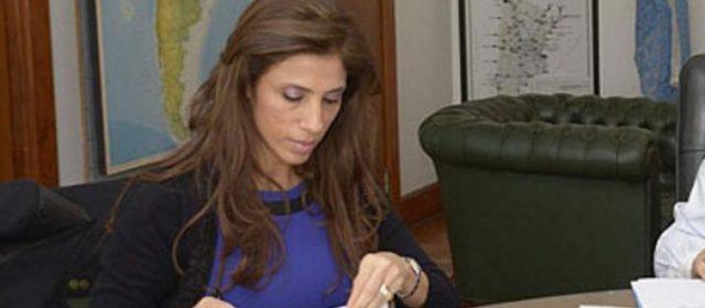 Diversas obras para la provincia fue autorizada por la gobernadora Claudia de Zamora