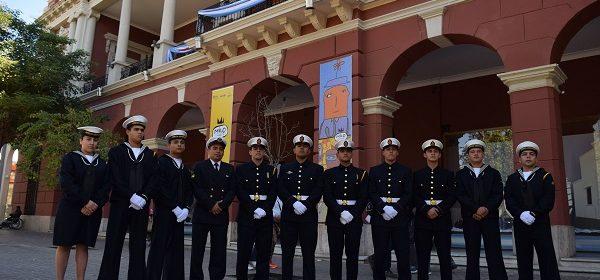 La delegación naval de Tucuman pasó por Santiago y agradeció el apoyo recibido