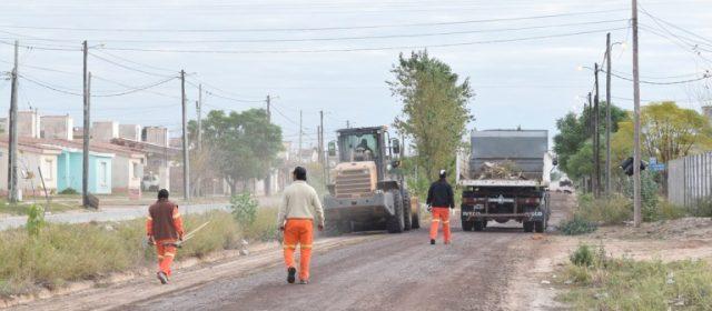 Ejecutan diversos operativos de fumigación en barrios del sur de la capital