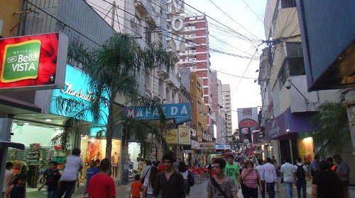 Controlarán a vendedores ambulantes por el Día del Padre en microcentro capitalino