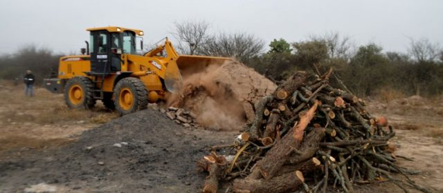 El Tribunal de Faltas municipal ordenó la destrucción de hornos de carbón en el barrio Autonomía