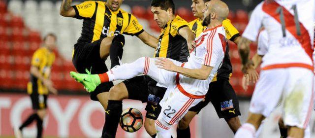 River pasó a los cuartos de final de la Libertadores