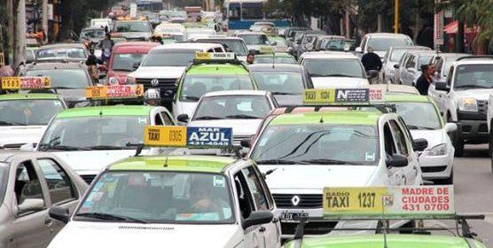 Tránsito Municipal: En la Capital hay 1950 taxis y radiotaxis habilitados