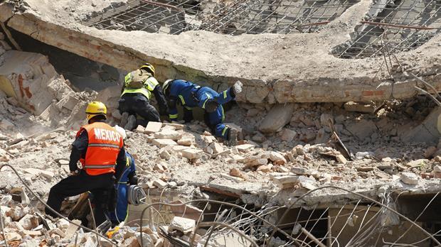 Un gobernador mexicano fue acusado de desviar la ayuda dirigida a las víctimas del terremoto