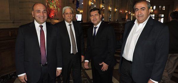 Neder en representación de la provincia, en la reunión convocada por el presidente Macri en el CCK