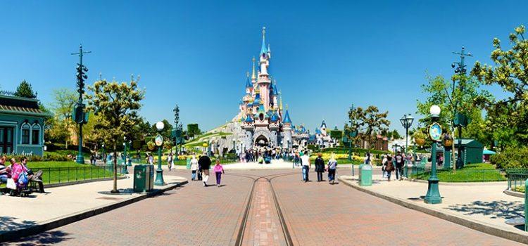 Disneyland, en alerta por el brote de una extraña enfermedad potencialmente mortífera