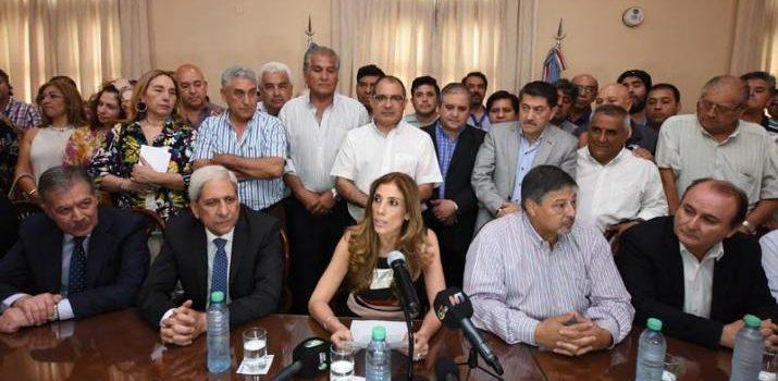 El Gobierno Provincial anunció el bono de $8.000 para estatales