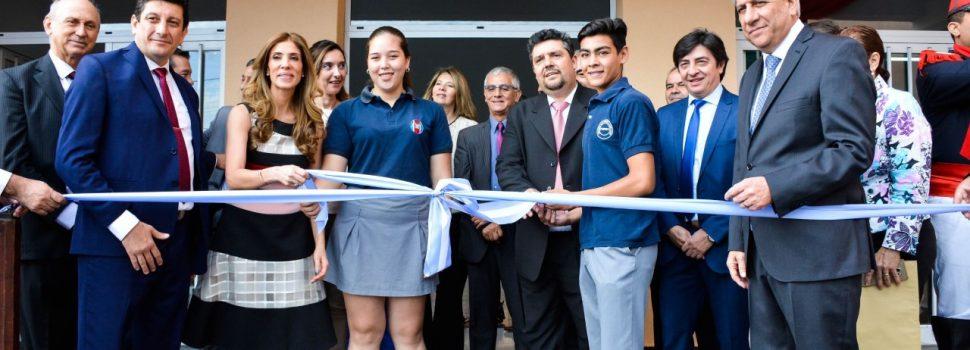 La Gobernadora inauguró el moderno edificio  de la escuela Secundaria San Isidro Labrador