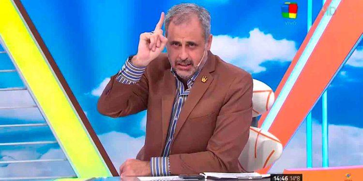 """Fuerte descargo de Jorge Rial tras una frase de Martín Redrado: """"¿Realmente pensás que si no sale de tus genes no es tu hijo?"""""""