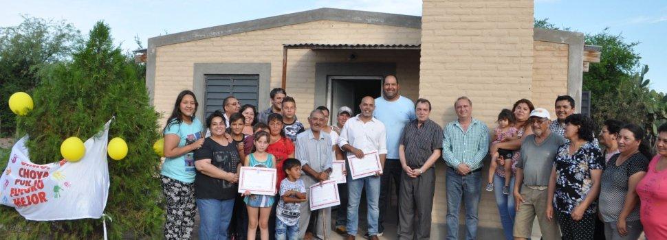 Familias de Choya accedieron a las viviendas sociales