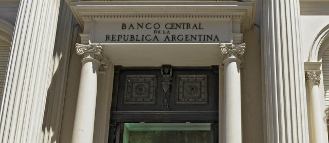MERCADO FINANCIERO El Banco Central bajó la tasa de interés a 28%