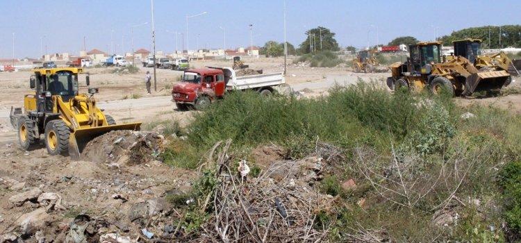 El Municipio capitalino realizó la limpieza integral en el barrio Lomas de Golf