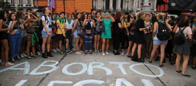 Aborto: comienza en Diputados el debate por la despenalización