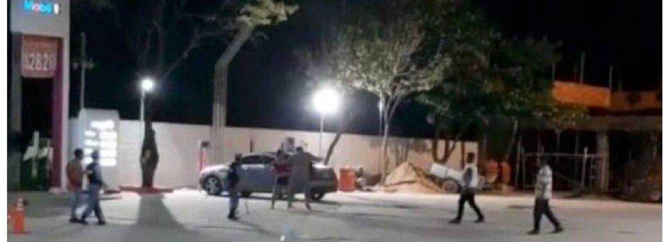 Filman a concejal sacando a palazos a una mujer de su negocio porque le exigía que le vendiera alcohol