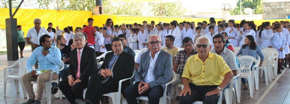 Prof. Dapello en el acto aniversario del club Clodomira