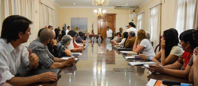 El gobernador Zamora se reunió con  organizaciones de derechos humanos