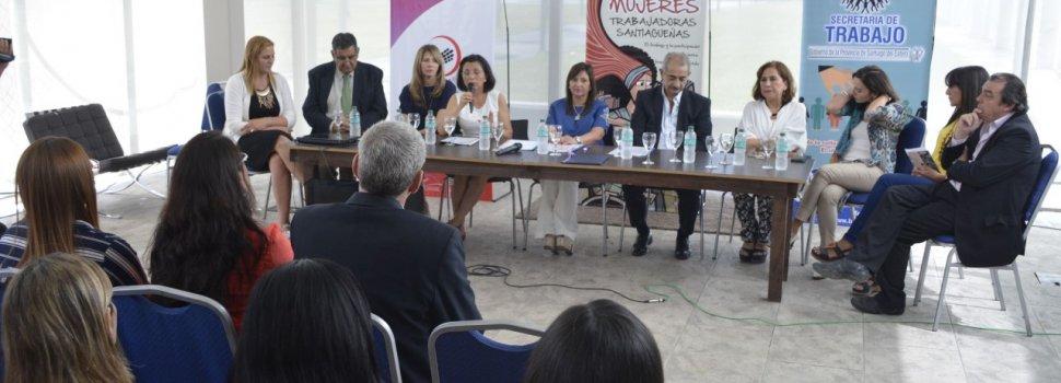 Se realizó el Encuentro de las Mujeres  Trabajadoras Santiagueñas en el Fórum