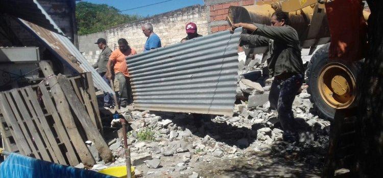 El municipio acudió en ayuda de una familia que sufrió el derrumbe de su vivienda