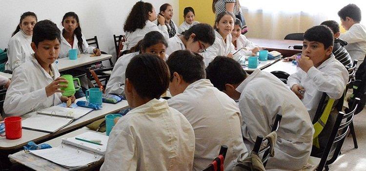 Gran interés en el inicio de inscripciones de docentes de áreas especiales para la escuela primaria municipal