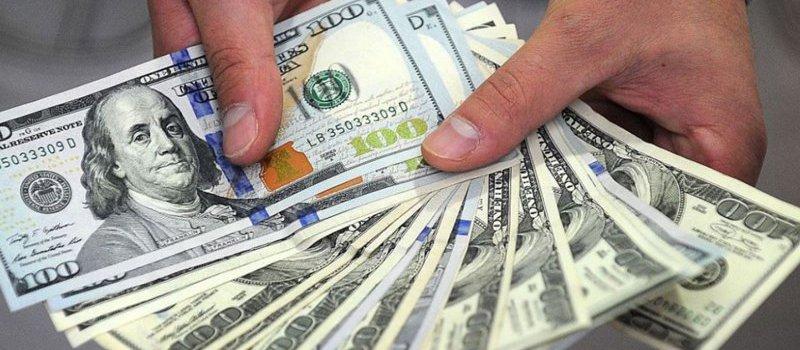 El dólar saltó 17 centavos y superó el escalón de los $ 25