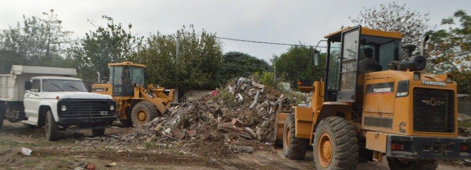 Importante operativo municipal en barrio La Católica