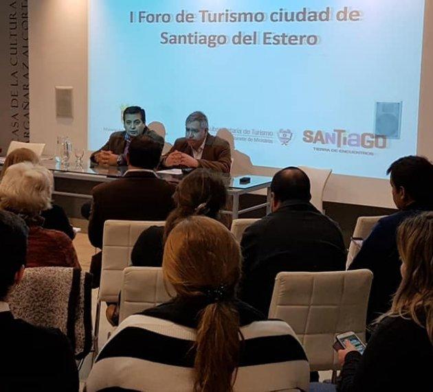"""En un Foro definen nuevas políticas y acciones de turismo para la """"Madre de ciudades"""""""