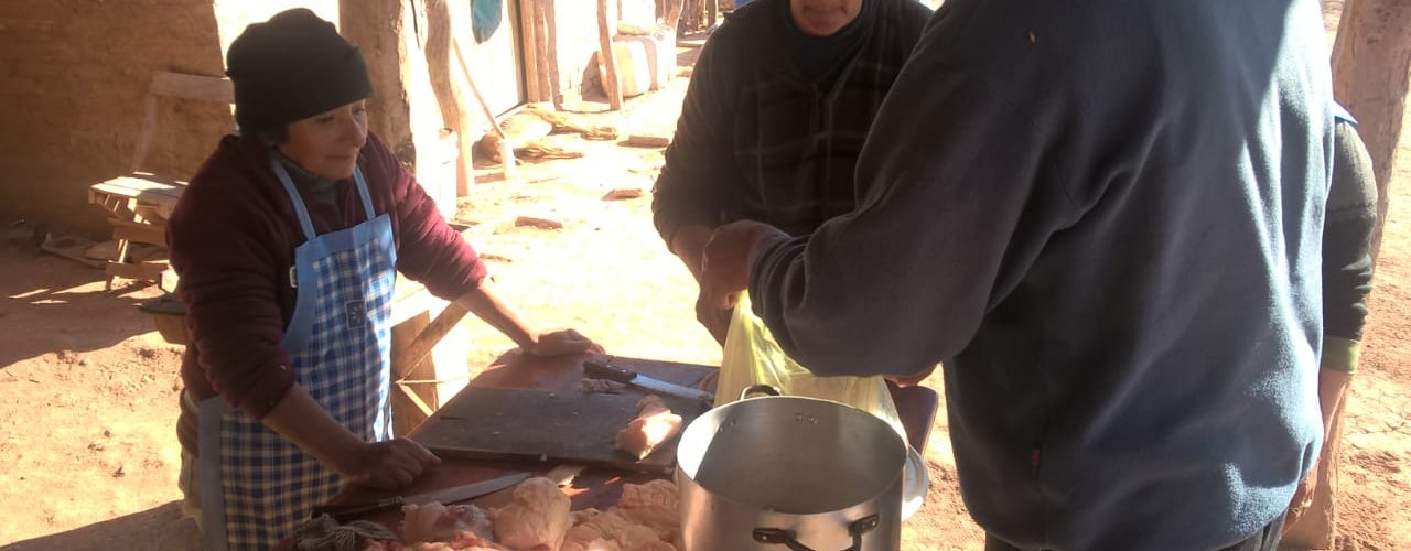Capacitan a productores en la elaboración de chacinados caseros