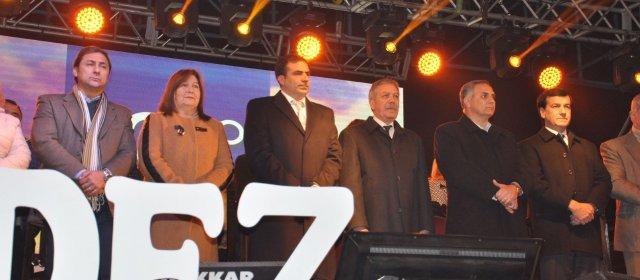 Fernández festejó su aniversario con obras
