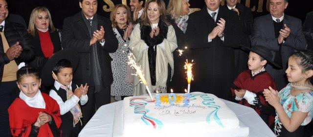 Sol de Julio celebró su aniversario con la  inauguración de viviendas sociales y obras