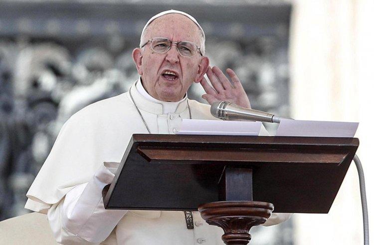 El Papa admitió que la Iglesia calló y protegió a curas abusadores sexuales