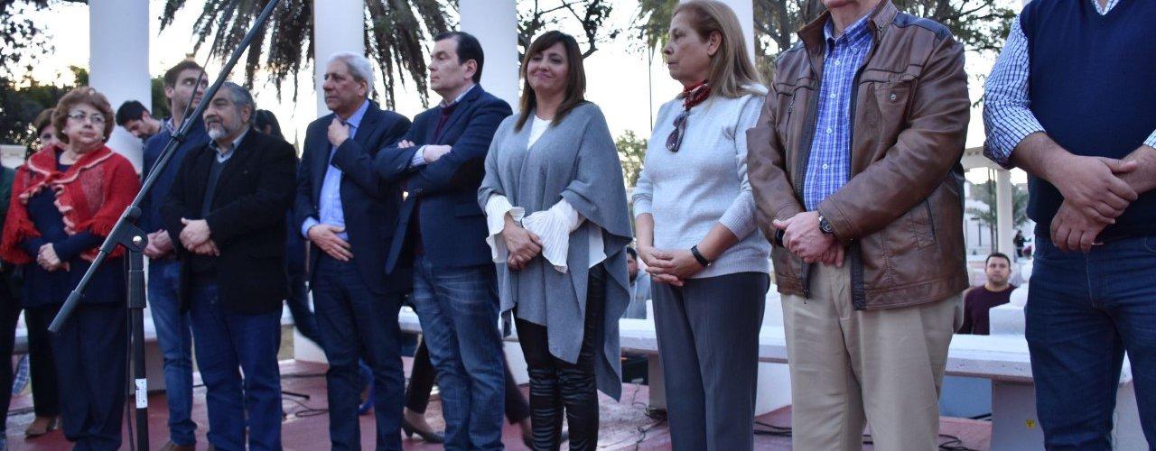 El gobernador y la intendenta de la Capital  inauguran la remodelación de la Plaza Belgrano