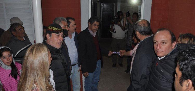 Entregan vivienda sociales en Los Telares